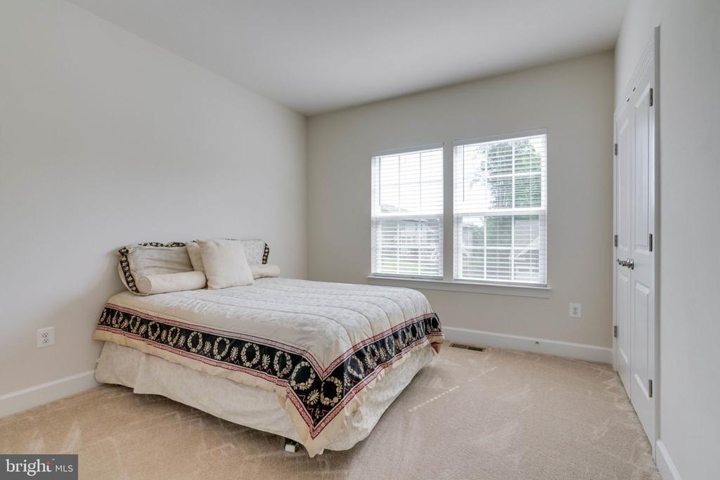 2nd Bedroom with Full Bath - 14 SORREL LN, STAFFORD