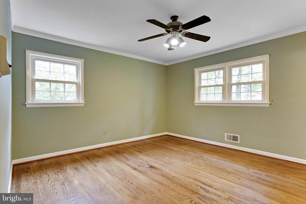 Master Bedroom - 515 N LITTLETON ST, ARLINGTON