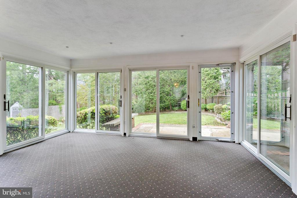 Sunroom - 515 N LITTLETON ST, ARLINGTON