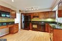 Kitchen - 515 N LITTLETON ST, ARLINGTON
