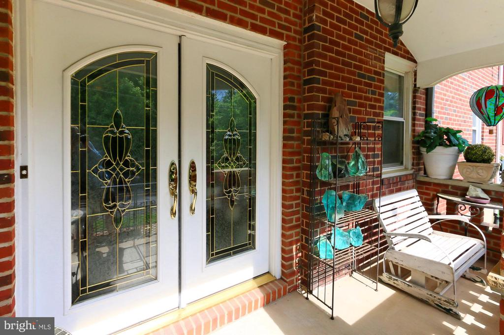 French doors at front entry - 210 N EDISON ST, ARLINGTON