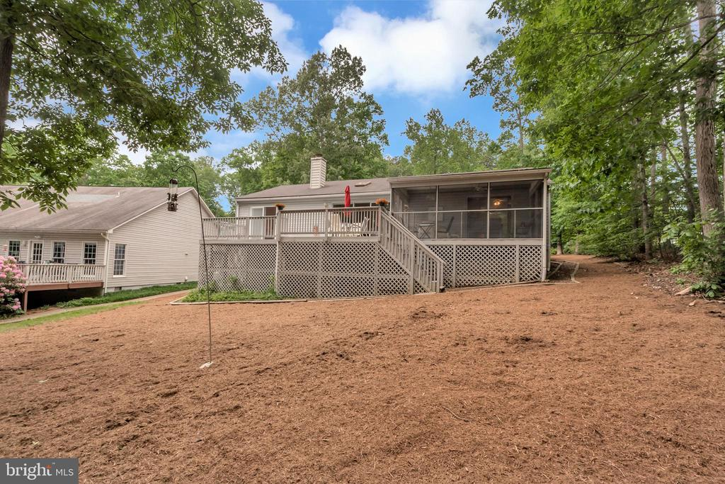 Low maintenance back yard - 107 GREEN ST, LOCUST GROVE