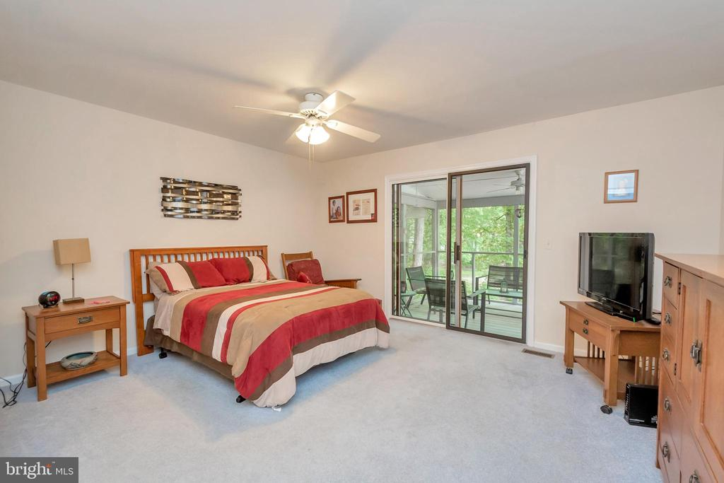 Master Suite with access to screened porch - 107 GREEN ST, LOCUST GROVE