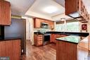 Spacious  Kitchen w/ Hardwood Floor - 2330 CLUB POND LN, RESTON