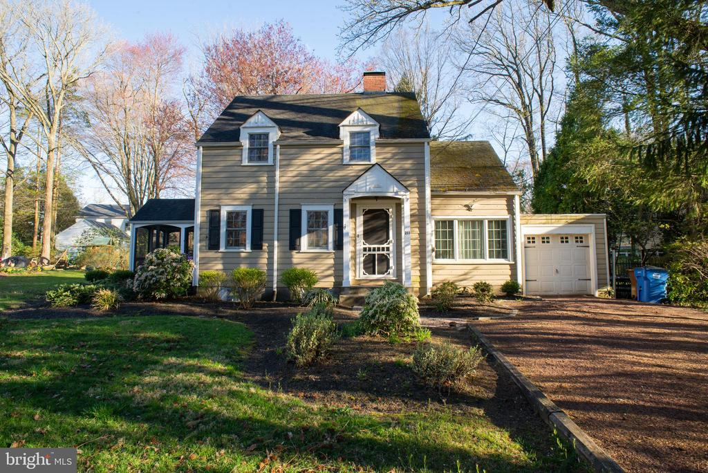 211  ELM AVENUE, Yardley in BUCKS County, PA 19067 Home for Sale