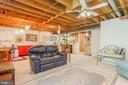 Perfect for multi-uses! - 6109 GLEN OAKS CT, SPRINGFIELD