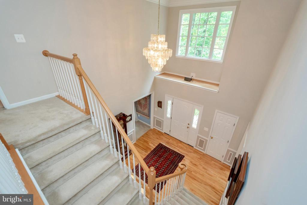Open foyer adds to the look - 11325 FAWN LAKE PKWY, SPOTSYLVANIA