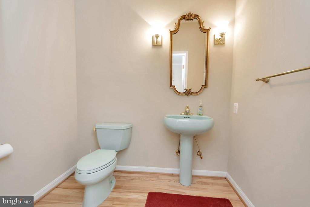 Half Bath in 2nd House - 11325 FAWN LAKE PKWY, SPOTSYLVANIA
