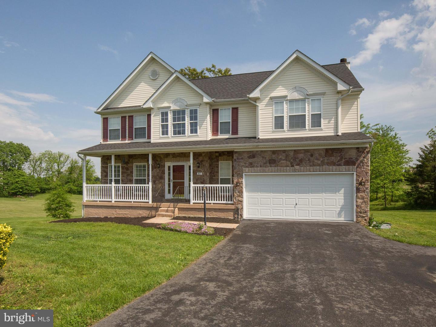 Single Family for Sale at 357 Chimney Cir Middletown, Virginia 22645 United States