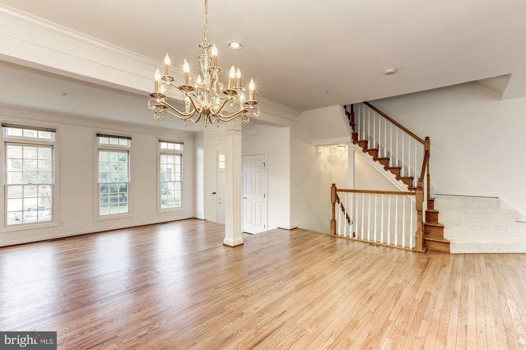 Newly refinished Hardwoods floor in LR & DR - 8033 KIDWELL HILL CT, VIENNA