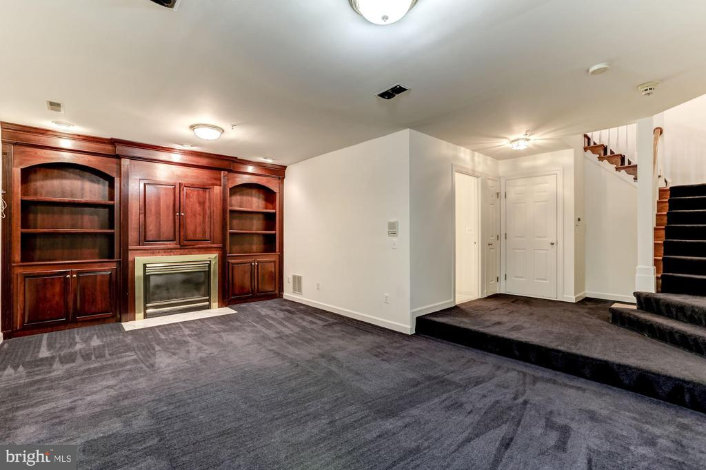 Fabulous Cherry Built-ins in Lower Level - 8033 KIDWELL HILL CT, VIENNA