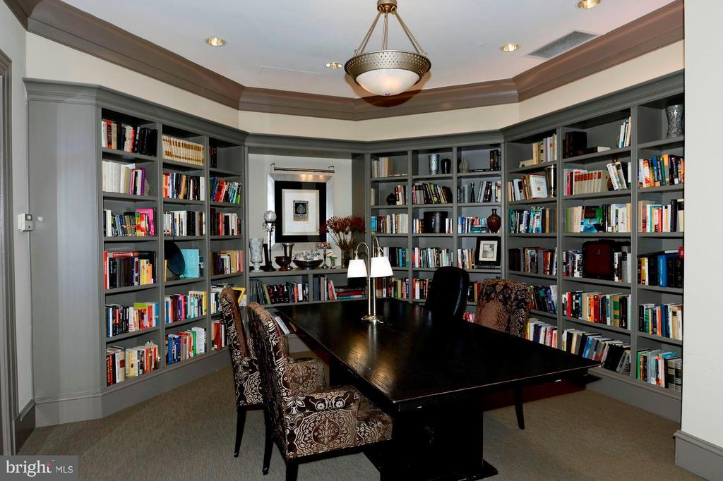 ----- Library - 851 N GLEBE RD #320, ARLINGTON