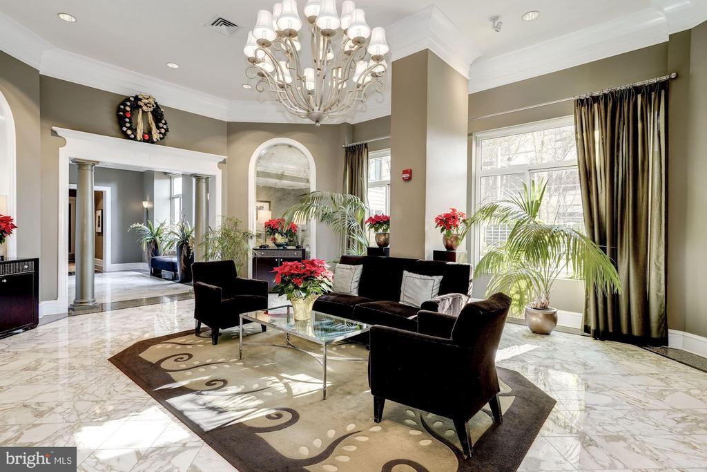 Elegant Lobby in a Secured Building - 851 N GLEBE RD #320, ARLINGTON