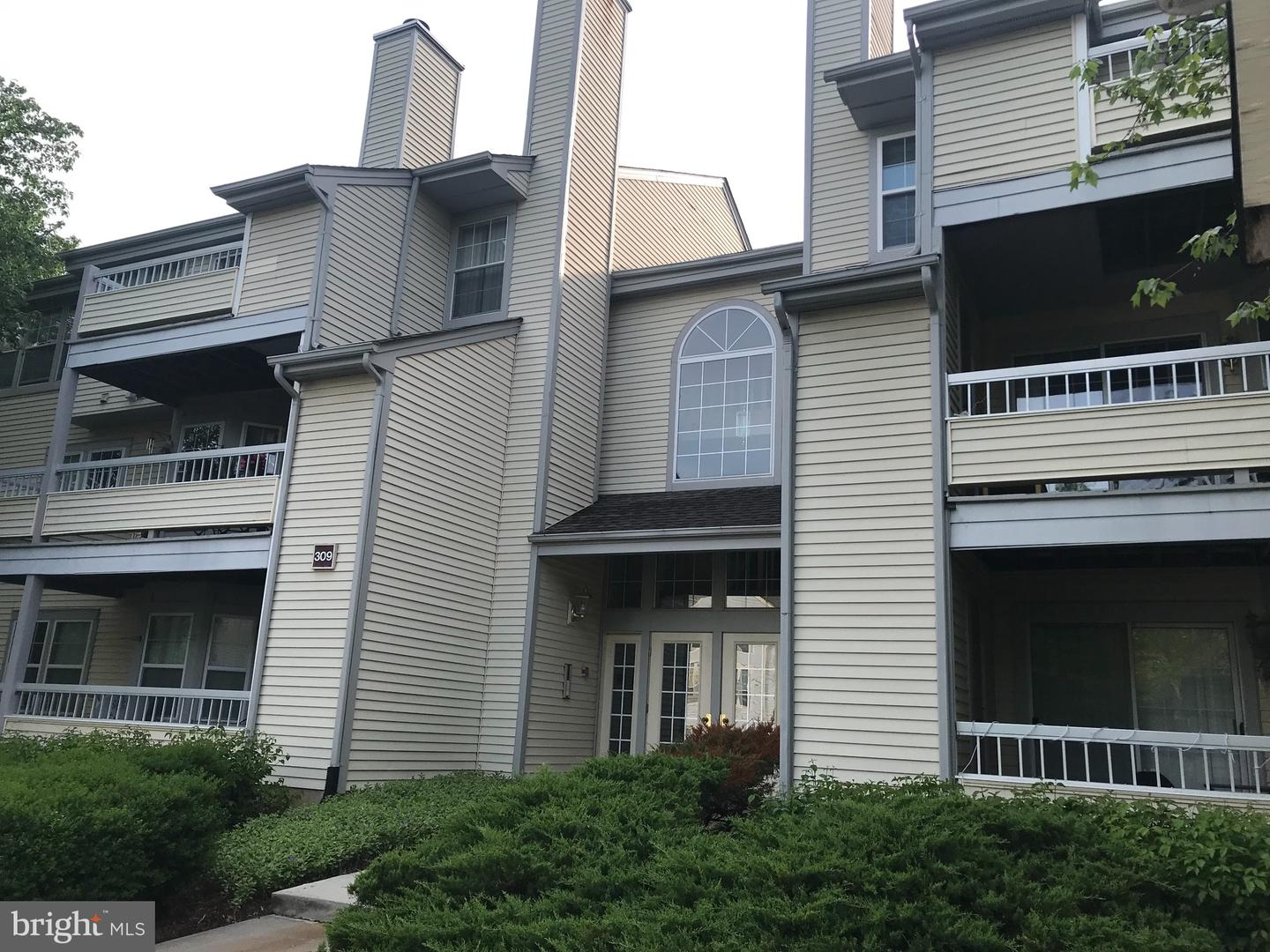 Single Family Home for Sale at Princeton, New Jersey 08540 United States