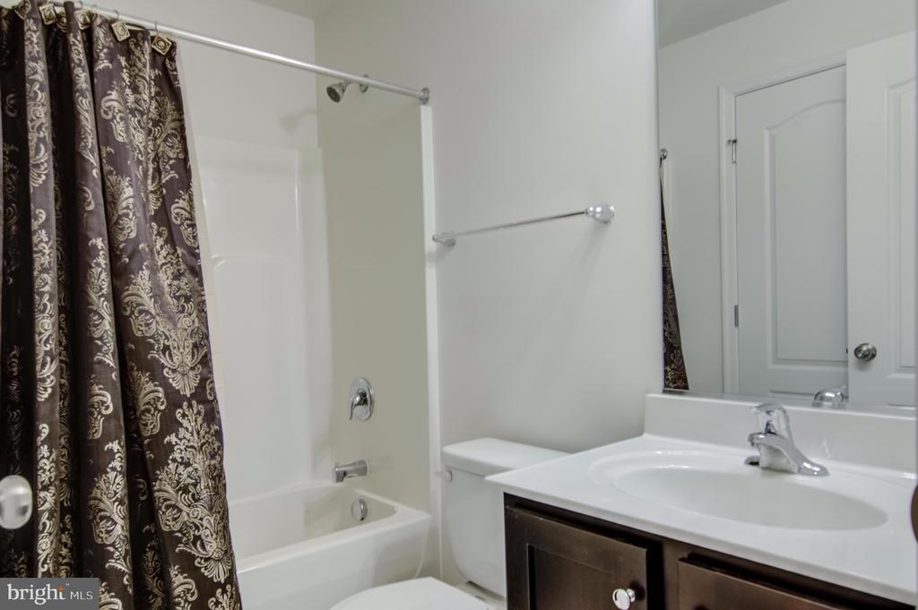Basement Bathroom - 7141 DURRETTE RD, RUTHER GLEN