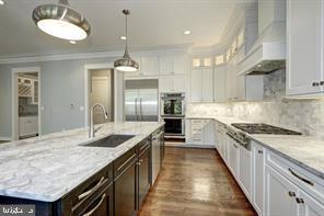 Kitchen into pantry and mud room - 7316 REDDFIELD CT, FALLS CHURCH