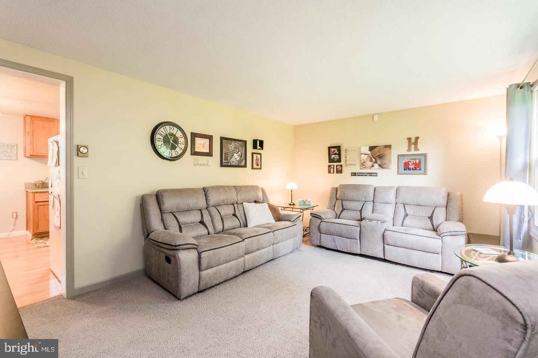 Philadelphia> <pennsylvania> <19123> Residential 335 Avondale Rd ...