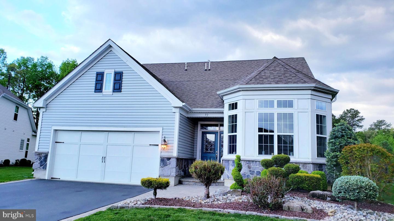 Single Family Homes pour l Vente à Farmingdale, New Jersey 07727 États-Unis