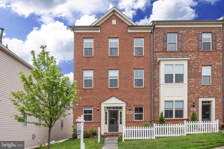 Single Family for Sale at 13945 Godwit St Clarksburg, Maryland 20871 United States