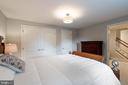 - 21384 CLAPPERTOWN DR, ASHBURN
