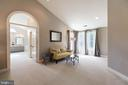 Master Seating area - 21384 CLAPPERTOWN DR, ASHBURN