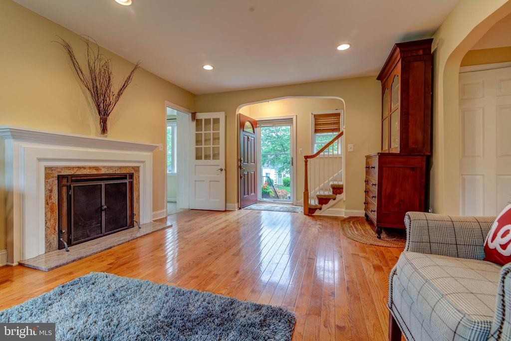 Living Room - 3119 LAKE AVE, CHEVERLY