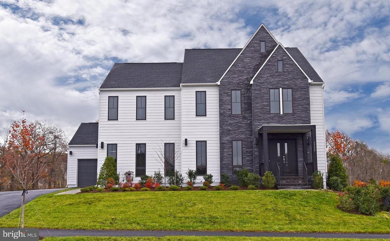 Single Family for Sale at 25828 Sandstone Shelf Pl Aldie, Virginia 20105 United States