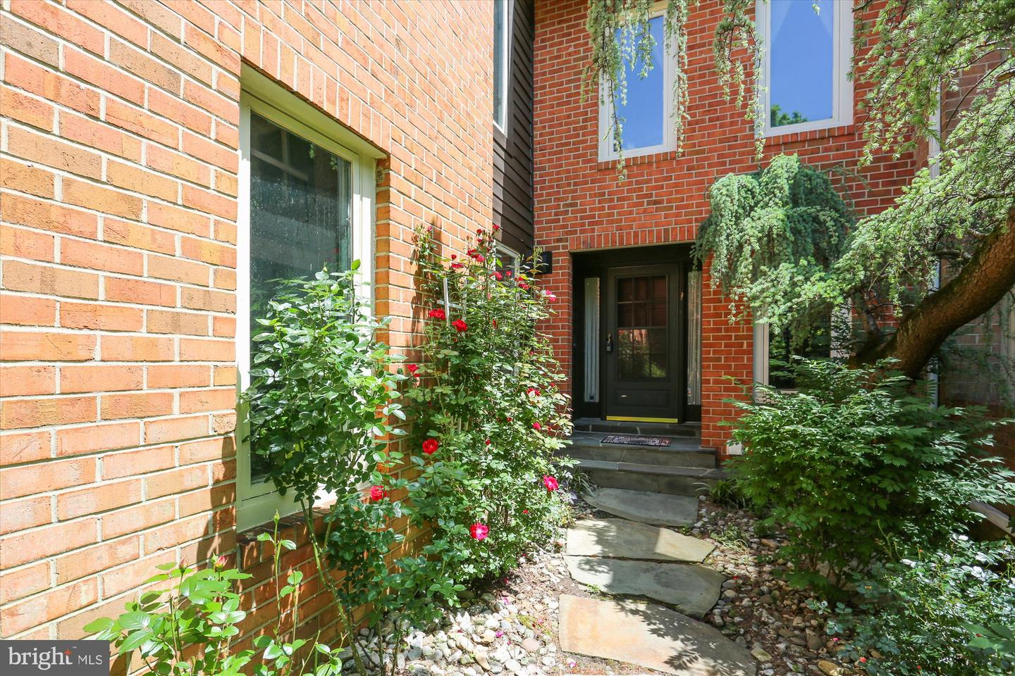 Single Family for Sale at 7805 Whiterim Ter Potomac, Maryland 20854 United States