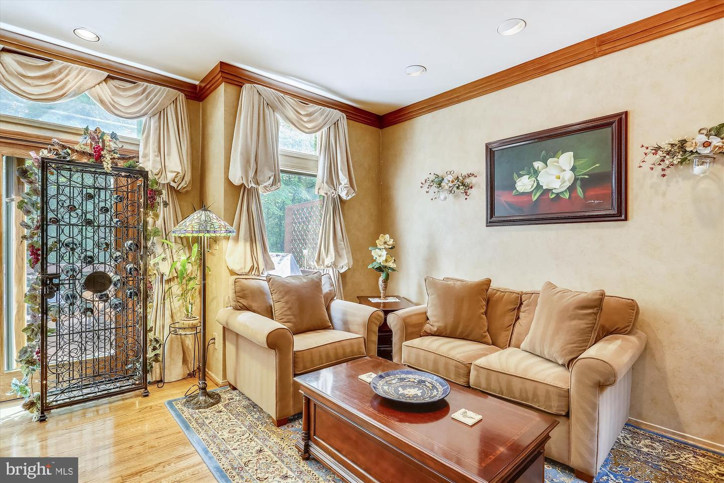 Additional photo for property listing at 7805 Whiterim Ter Potomac, Maryland 20854 United States