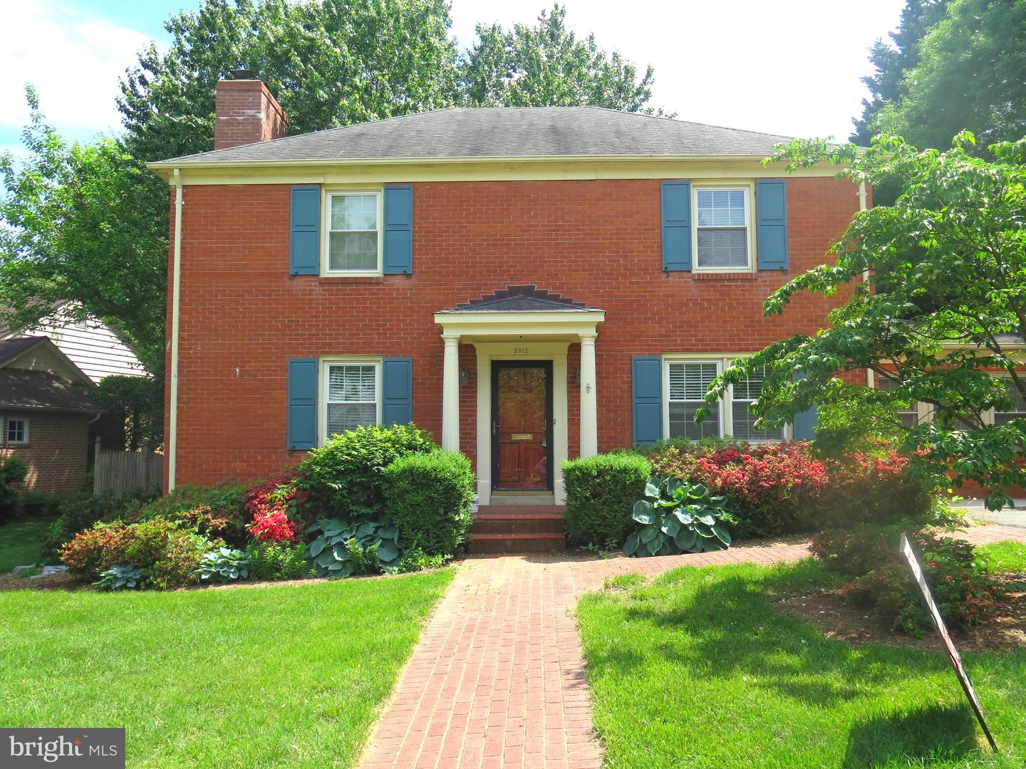 Additional photo for property listing at 2912 Dartmouth Rd Alexandria, Virginia 22314 United States