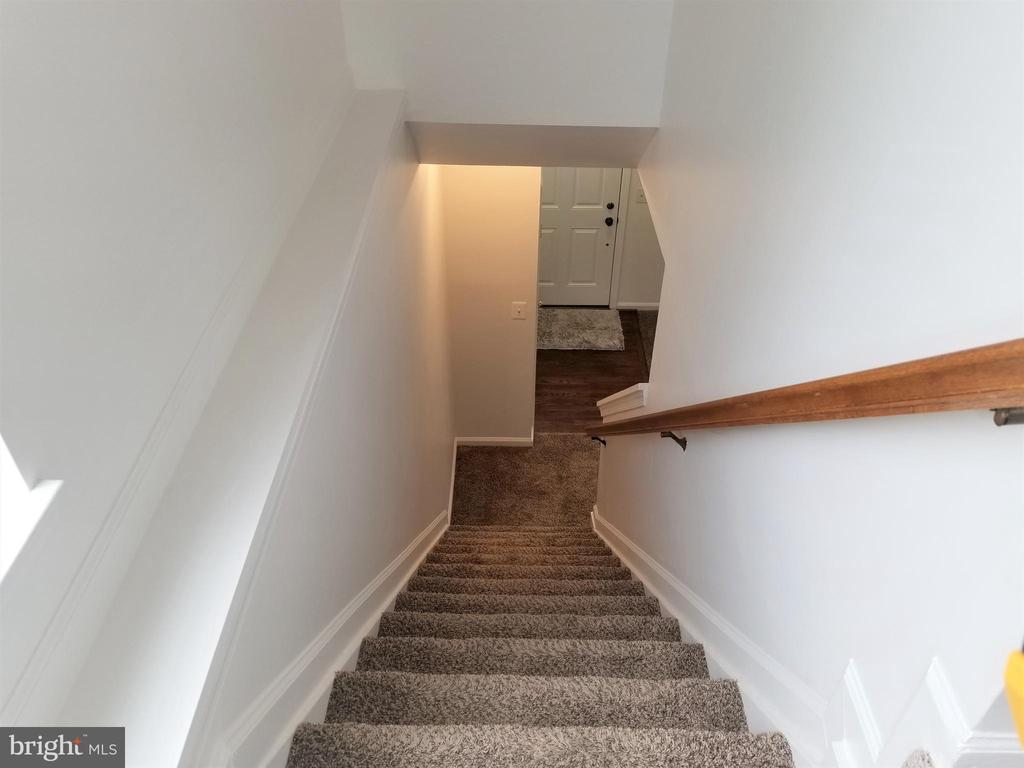 Stairs - 433 ANDROMEDA TER NE, LEESBURG
