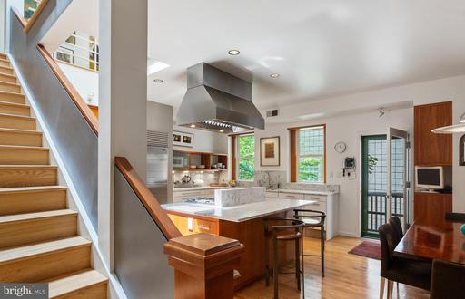 436 M ST NW #4