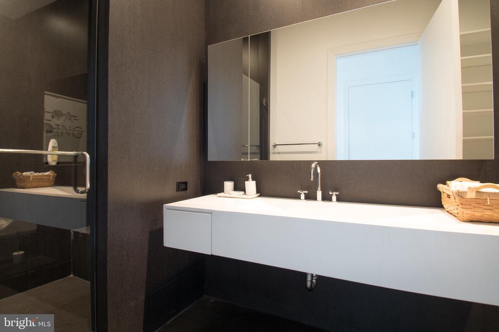 Bathroom - 1881 N NASH ST #TS01, ARLINGTON
