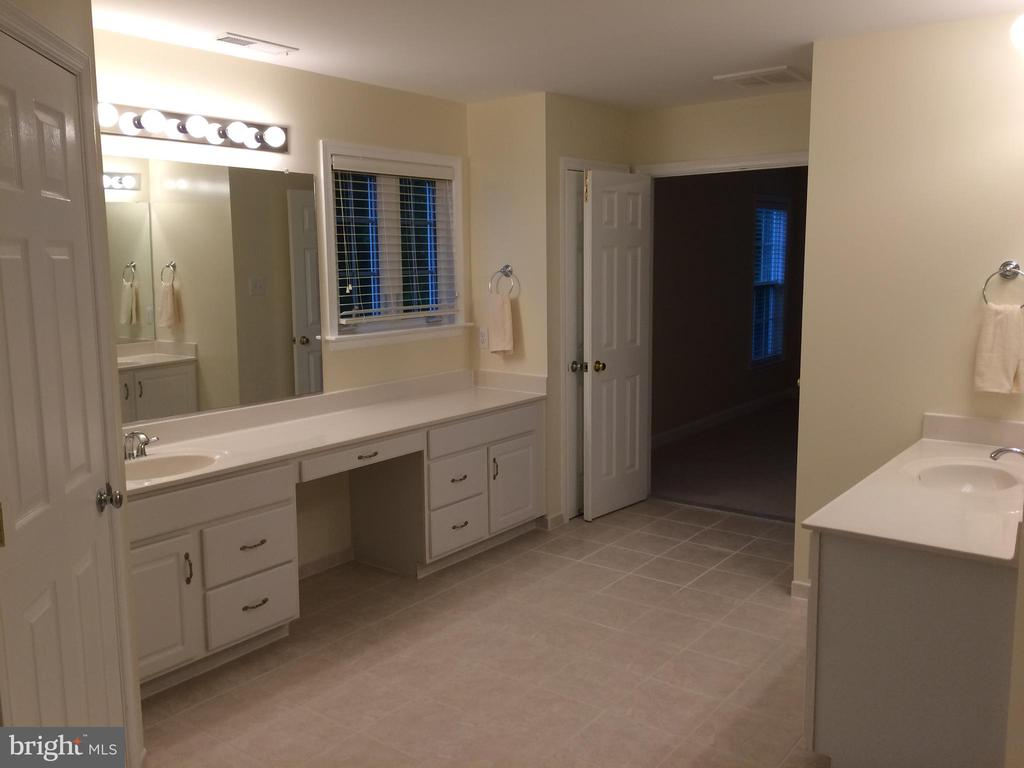 View from master bath toward master bedroom - 12302 HUNGERFORD MANOR CT, MONROVIA