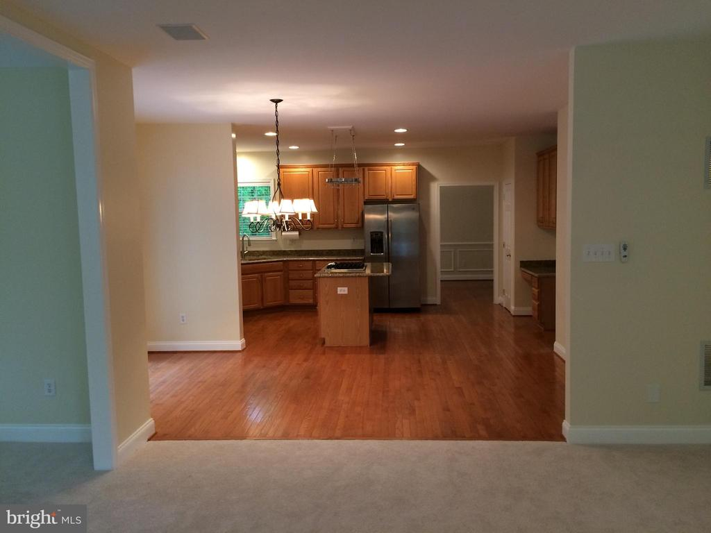 View of kitchen from family room - 12302 HUNGERFORD MANOR CT, MONROVIA