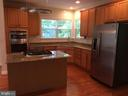 Beautiful kitchen is like new! - 12302 HUNGERFORD MANOR CT, MONROVIA