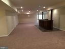 Finished basement with wet bar - 12302 HUNGERFORD MANOR CT, MONROVIA