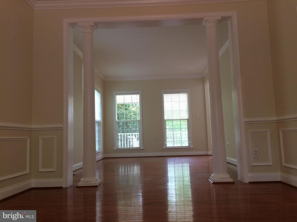 View of living room from dining room - 12302 HUNGERFORD MANOR CT, MONROVIA