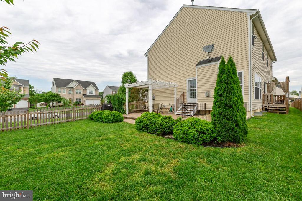 - 222 POLARIS DR, WALKERSVILLE