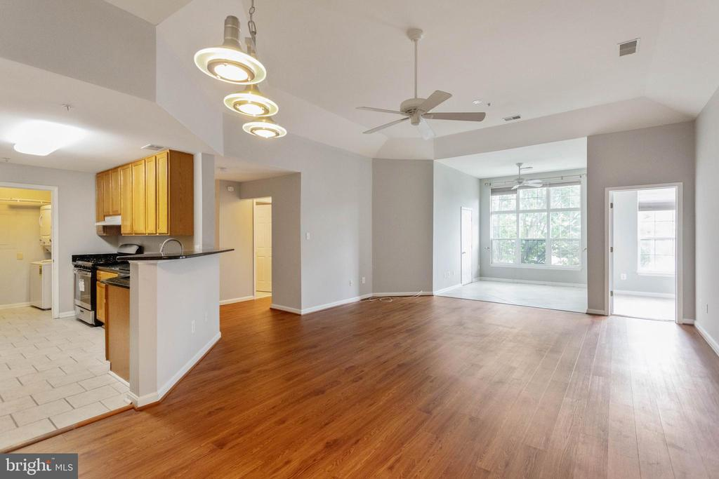 OPEN FLOOR PLAN WITH TALL CEILINGS - 10732 SYMPHONY WAY #202, COLUMBIA