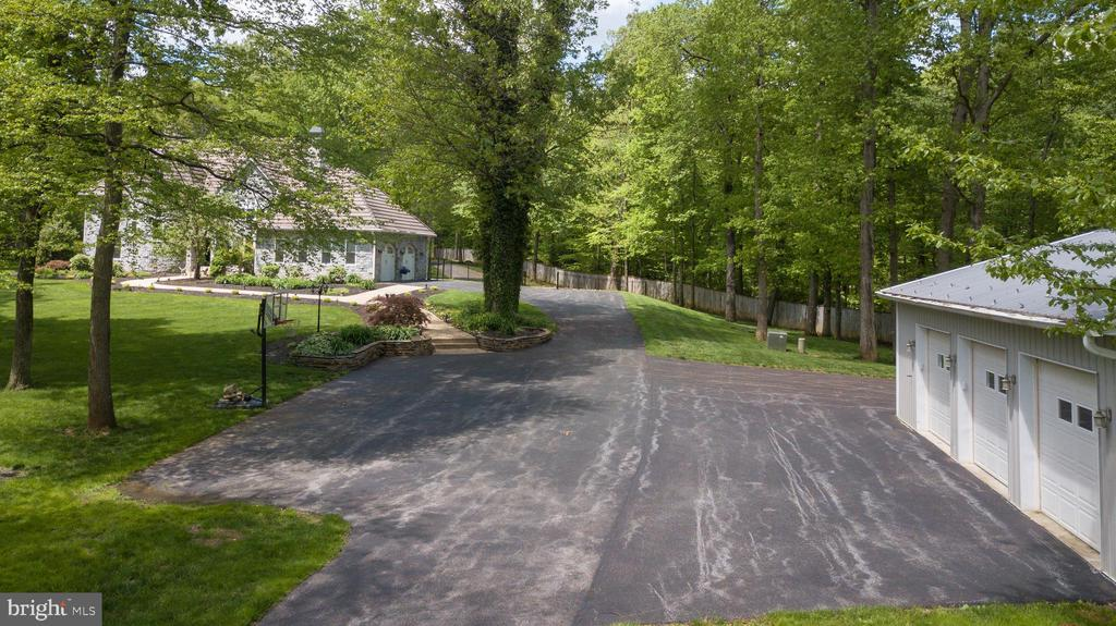 PLENTY OF GUEST PARKING - 13450 REED RD, THURMONT