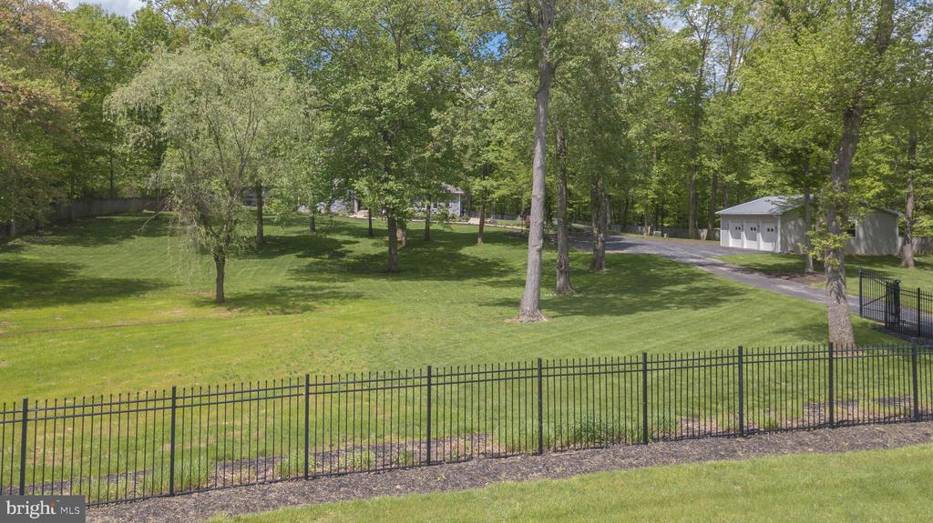 A PRIVATE 3 ACRE COMPOUND - 13450 REED RD, THURMONT
