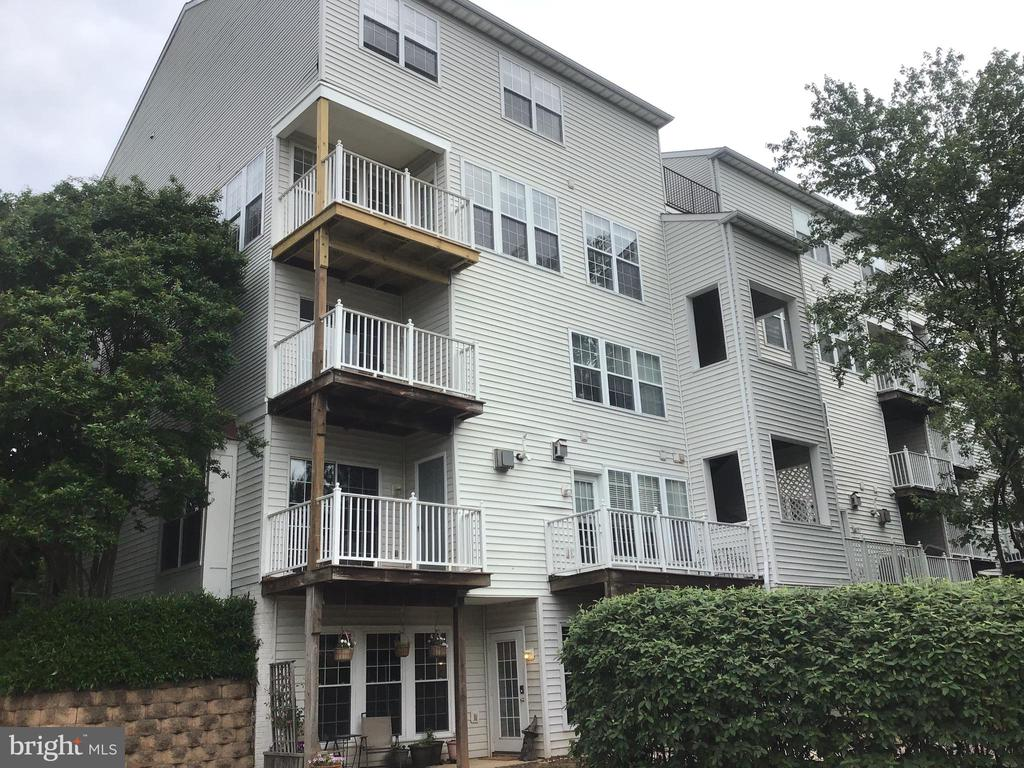 Exterior Rear View - Top Balcony - Bedrooms Above - 12789 FAIR CREST CT #16-302, FAIRFAX