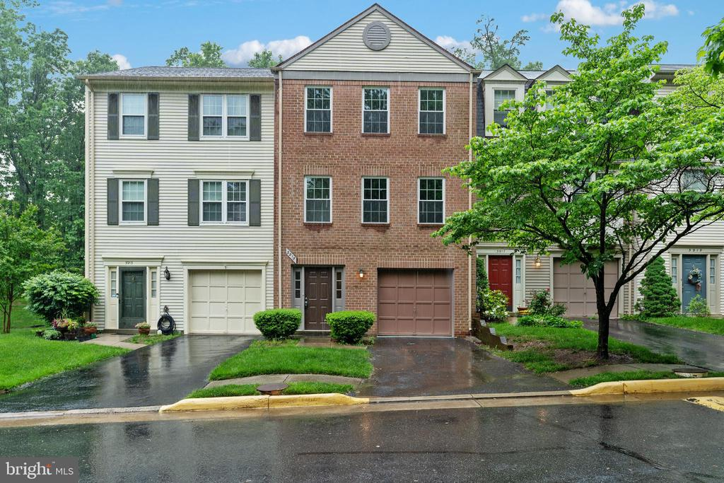 3915  COLLIS  OAK COURT, Fairfax, Virginia