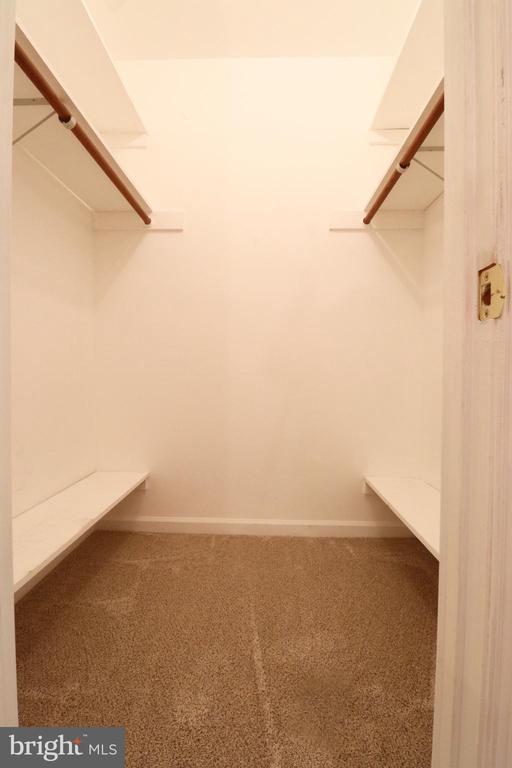 Master Bedroom Walk In Closet - 6013 WINDSOR DR, FREDERICKSBURG