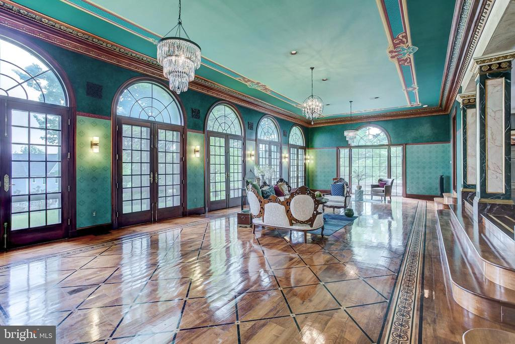 Great Room - 115 WOODHOLME AVE, BALTIMORE