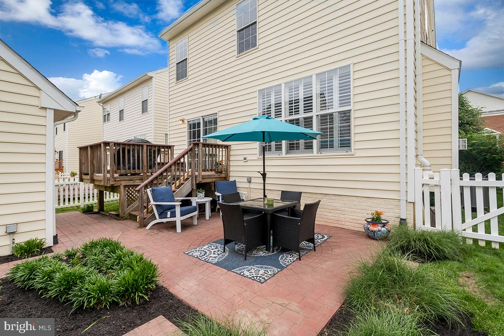 Back Patio - 42773 CENTER ST, CHANTILLY