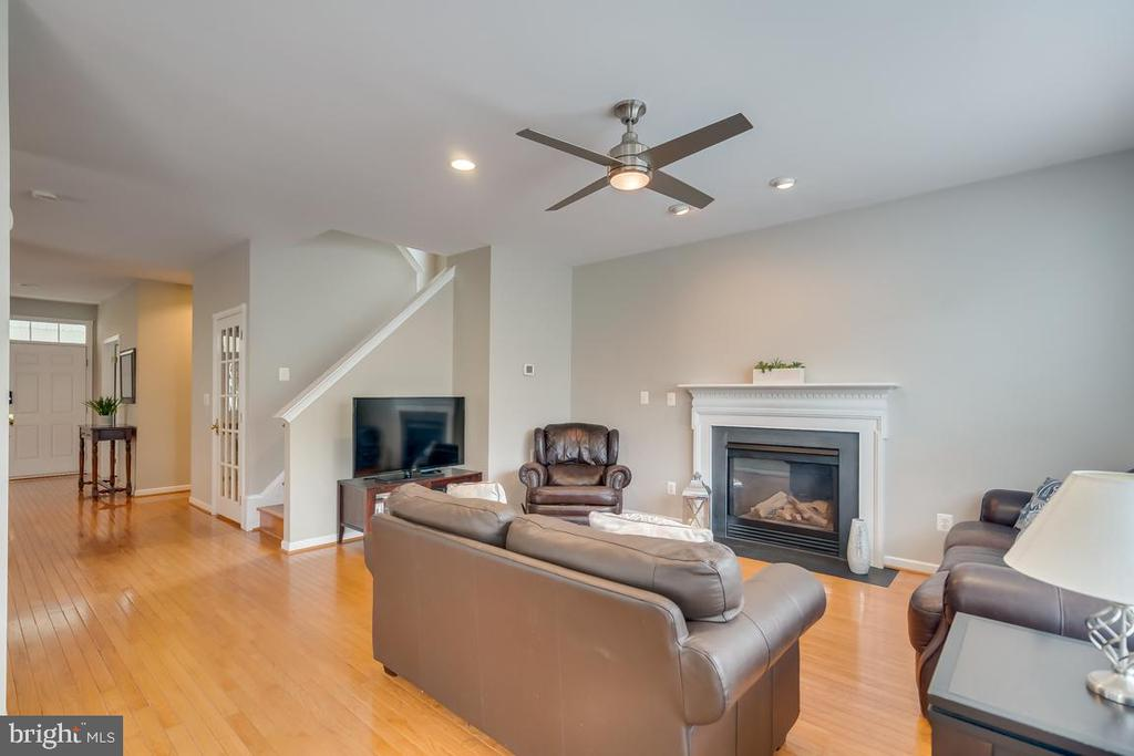 Family Room off Kitchen - 42773 CENTER ST, CHANTILLY