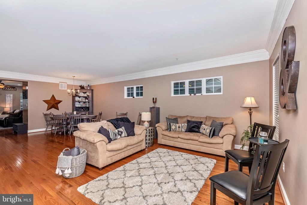 Living Room - 10224 NUTHATCH DR, NEW MARKET