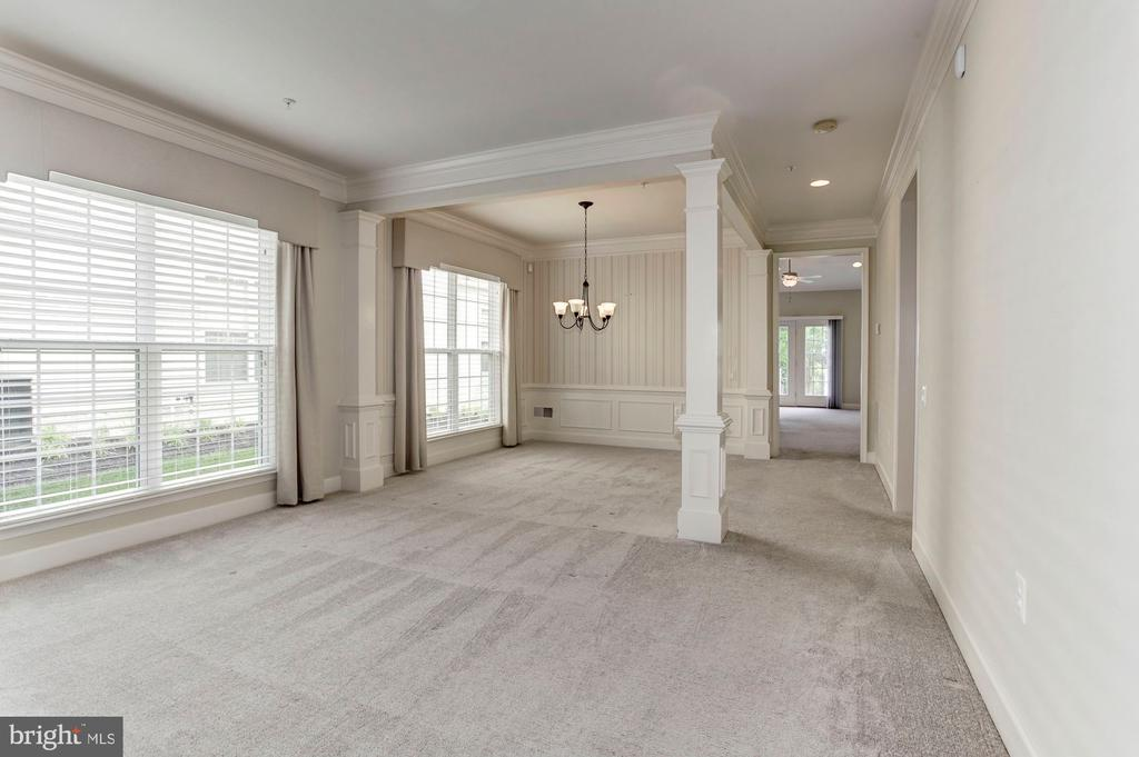 Dining Room is perfect for a formal table. - 275 LONG POINT DR, FREDERICKSBURG